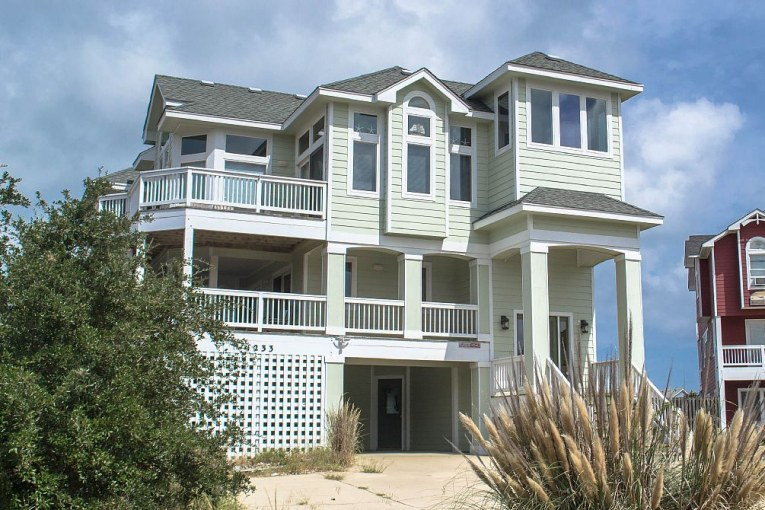 Seaglass Cottage - Beach Realty & Construction