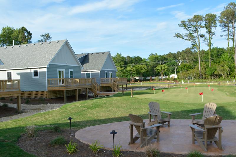 Cottages-Back-Putting-Green