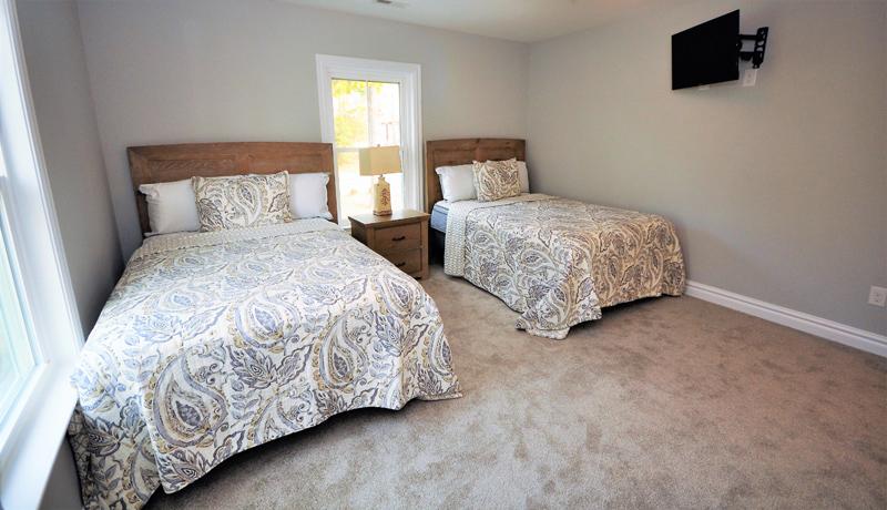 Kilmarlic-Cottage-Bedroom